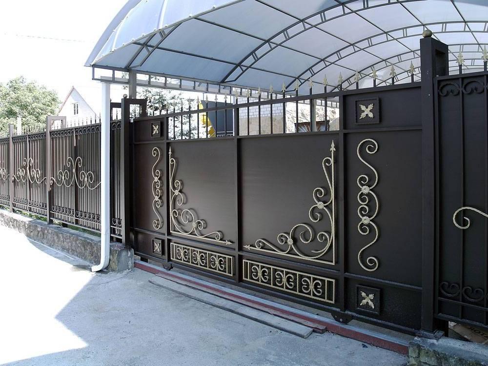 Кованые откатные ворота с калиткой Севастополь Крым